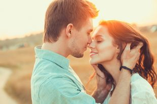 Health Benefits of Kissing - Does Kissing Burns Calories