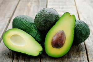 Foods that lower Cholesterol - Avocados