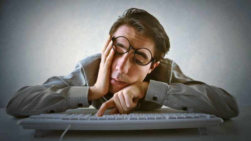 fatigue meaning in Marathi - fatigue in marathi