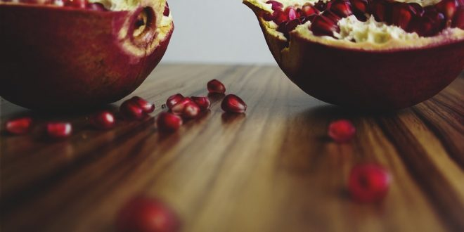 Anar ke Fayde, Anar Khane Ke Fayde, Anar Ke Fayde in Hindi, Pomegranate Benefits in Hindi