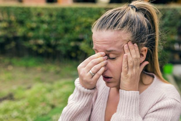 sinus headache symptoms, sinus headache causes, sinus headache treatment, Home remedies for sinus headache