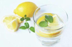 limão e bicarbonato de sódio