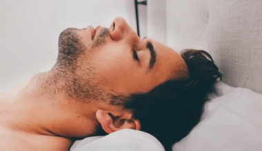 sleeping position that affects health
